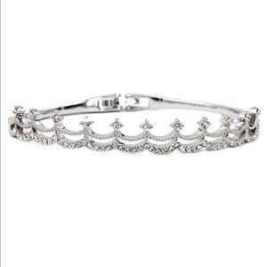 Silver  fashion small crystal crown bracelet